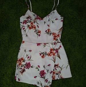 See You Monday Floral Romper Size Medium